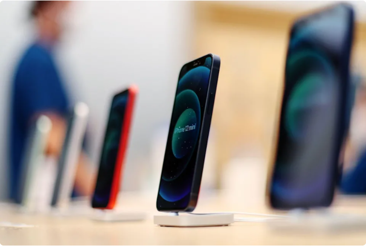 新法案将禁止苹果在其设备上预装自家应用